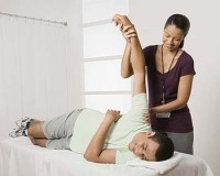 Physical-Therapist-with-patient3